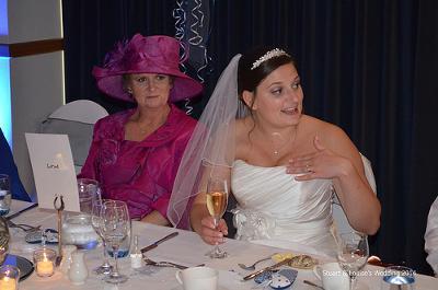 年甲斐もなくだっせーピンクの服着たおばあちゃんから譲り受けたドレス胸キツイのよね