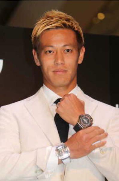 じゅんいちダビッドソンのモノマネをする、本田圭佑。 , スーツへのボケ[62272696] , ボケて(bokete)