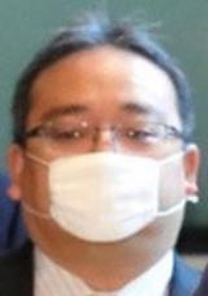 マスク 顔 でかい マスクのサイズが合わない人へ。隙間を無くす色々な付け方を紹介!