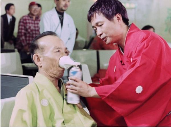 【芸能】桂歌丸 肺炎の原因は酸素の過剰吸入だった…5月の公演全て休演