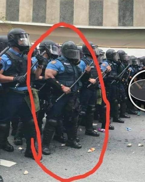 吉田沙保里 警察官になる。 , 警察へのボケ[63605800] , ボケて