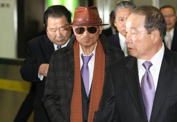 三浦知良と横山剣と司忍が好きなファッション , スーツへのボケ