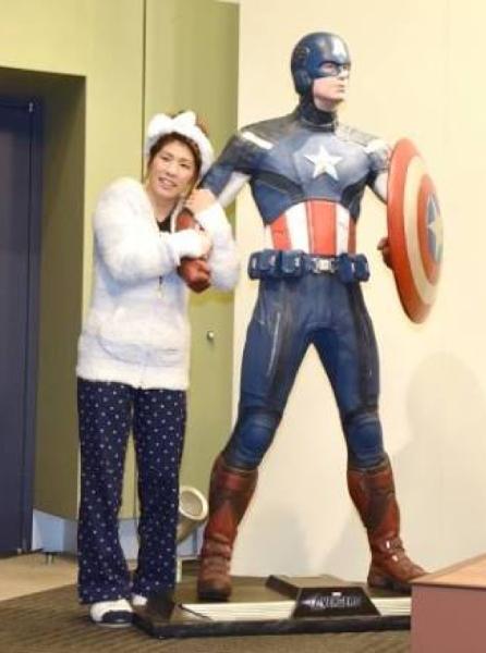 吉田沙保里「これが理想の身長差と戦闘力差なの」 - スーパーヒーロー ...