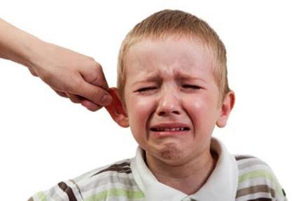 「耳を引っ張る」の画像検索結果