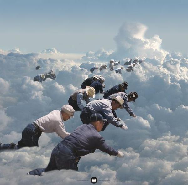 5年前、マリオという男が街に来て「雲の上はコインだらけさ」と言った ...
