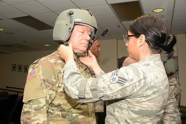 もう一度言うわ。あなたは陸軍だから空軍の訓練には参加しなくていいの。
